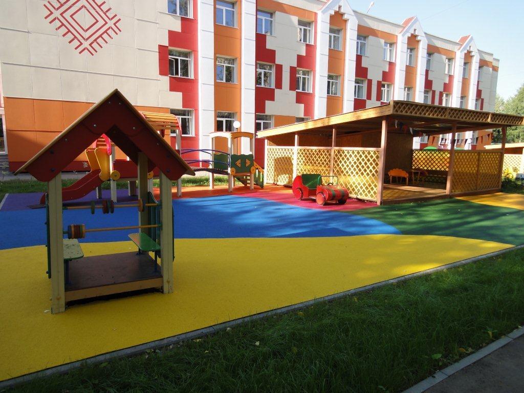 покрытие для детских площадок, резиновая крошка для детской площадки